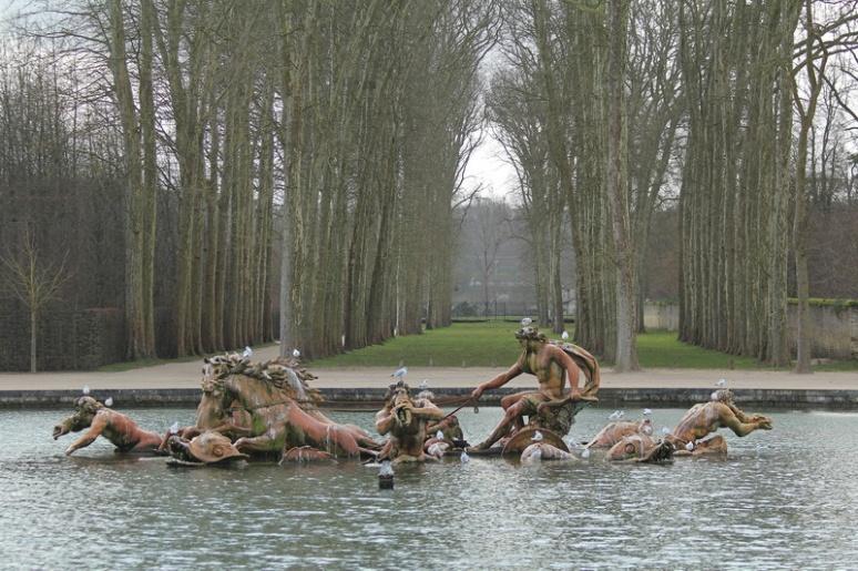 Domaine du Château de Versailles : Le bassin d'Apollon.