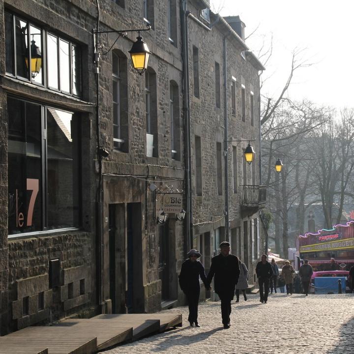 Dinan, rue du Fossé.