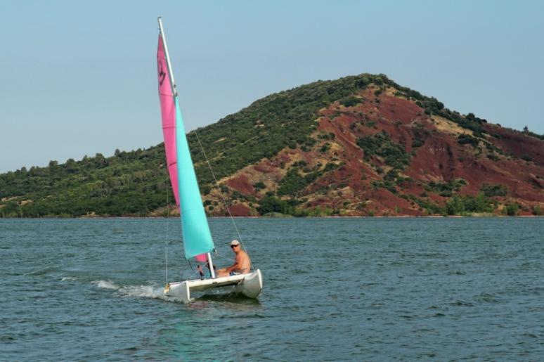 Le lac du Salagou à Celles.