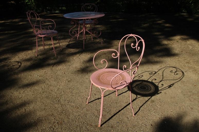 Granville. Dans le jardin public Christian Dior.