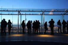 Paris. La terrasse panoramique (59ème étage) de la TourMontparnasse.