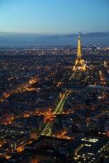 Paris. Vue sur la Tour Eiffel depuis la terrasse panoramique (59ème étage) de la TourMontparnasse.