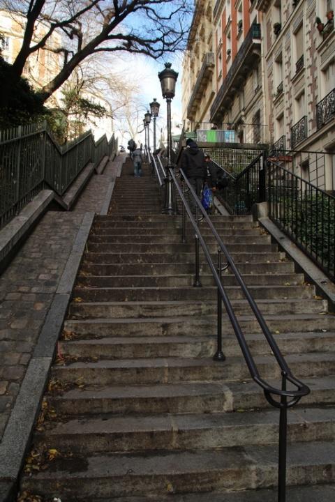Rue Paul Albert (Paris).