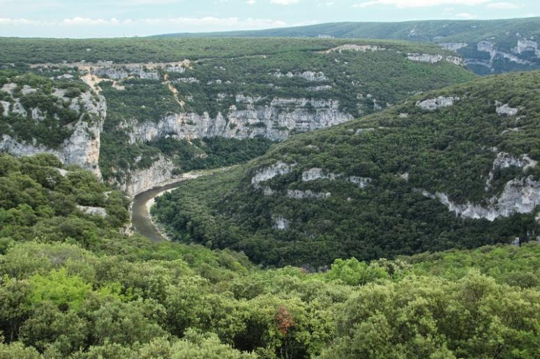 Les Gorges de l'Ardèche vues depuis le Balcon d'Autridge.
