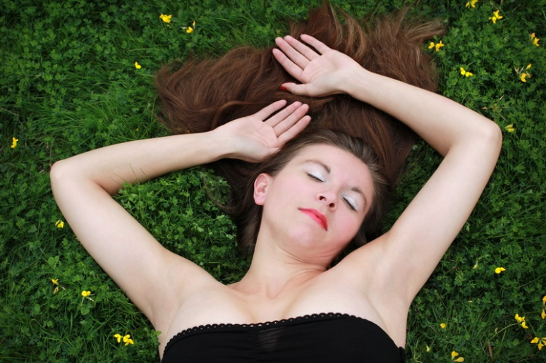 Sur l'herbe (6)