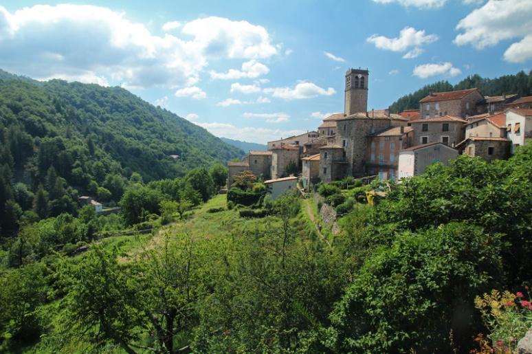Antraigues-sur-Volane (France, Ardèche)