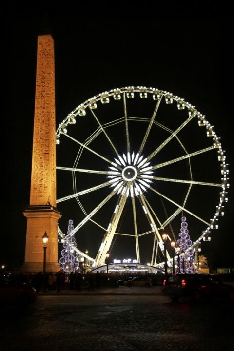Paris - Place de la Concorde - L'Obélisque et la Grande Roue