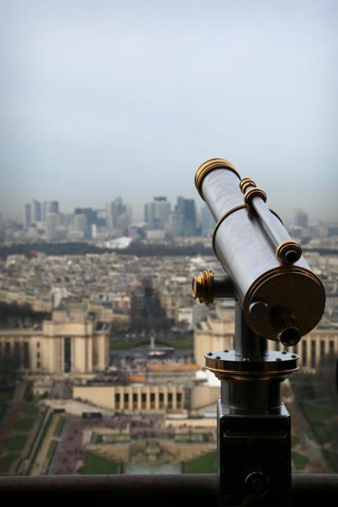 Paris - Au 2ème étage de la Tour Eiffel