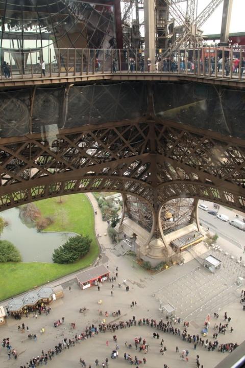 Paris - Vue depuis le 1er étage de la Tour Eiffel