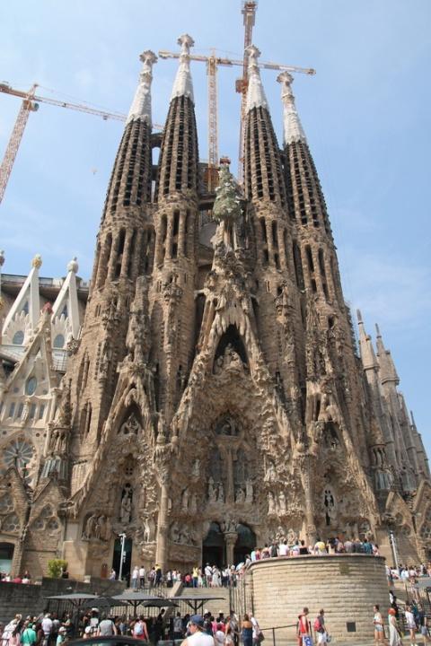 La Sagrada Familia (Barcelone, Espagne) : Façade de la Nativité