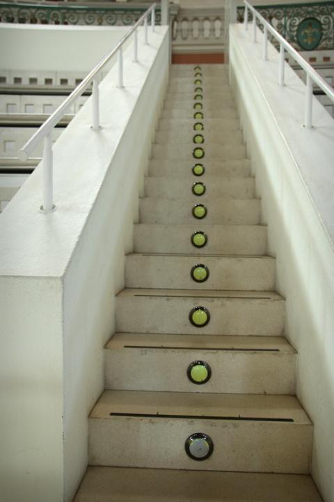Escalier au Musée National d'Art de Catalogne (Barcelone, Espagne)