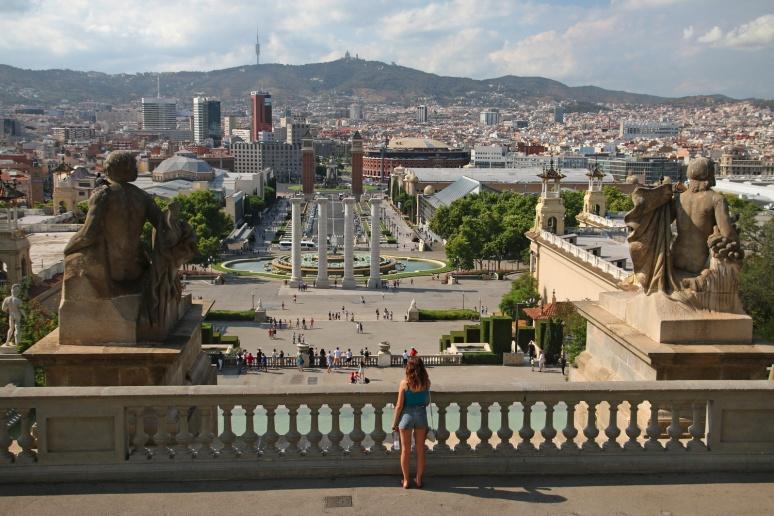 La vue depuis le Musée National d'Art de Catalogne (Barcelone, Espagne)