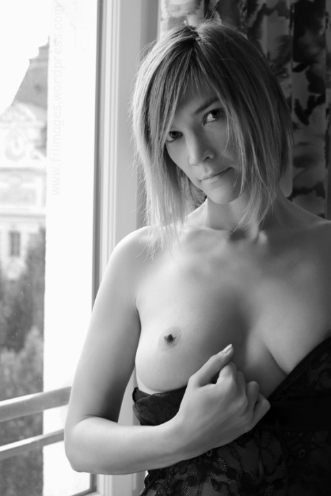 Manon (NB34)