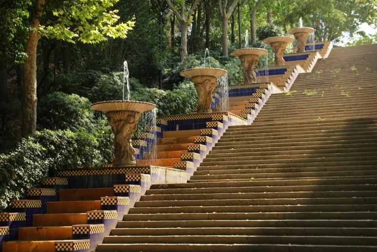 Escalier du Passeig de Jean Forestier (Barcelone, Espagne)