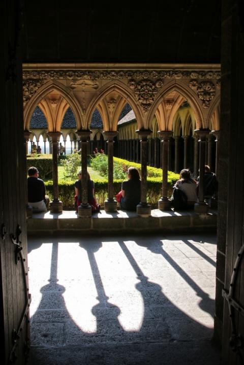 L'abbaye du Mont-Saint-Michel : Le cloître.