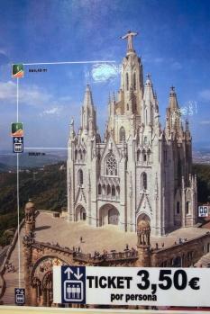 L'ascenseur de l'église Sagrat Cor du Tibidabo (Barcelone).