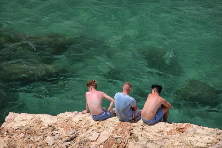 Glandouiller au Cap de Salou (Espagne).