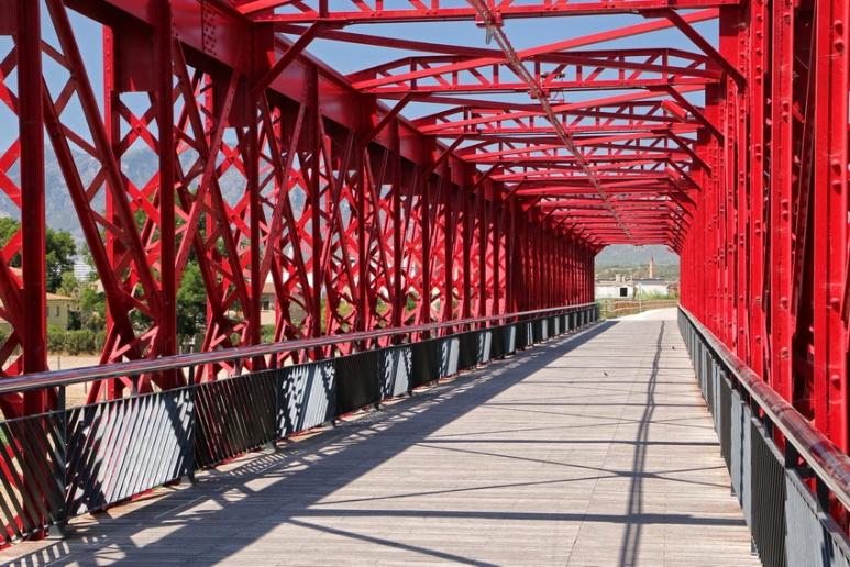 Pont sur l'Ebre, à Tortosa (Catalogne, Espagne).