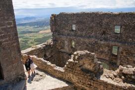 Dans le château de Quéribus (Aude).